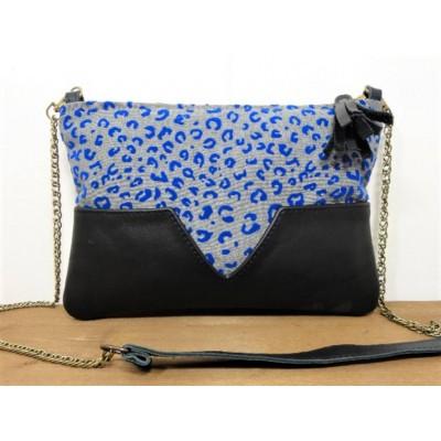 Sac pochette en cuir et tissu à impression léopard bleu électrique made in france
