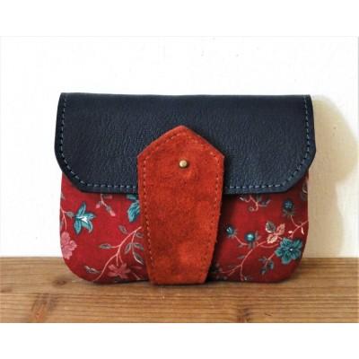 Porte monnaie en cuir et tissu rouge et bleu à fleurs made in france menthe poivrée