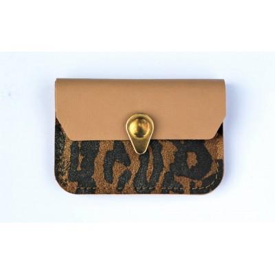 Porte monnaie Zanzibar en cuir fabriqué en france leopard beige et or